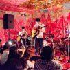 白い汽笛(photo:岡安いつ美)
